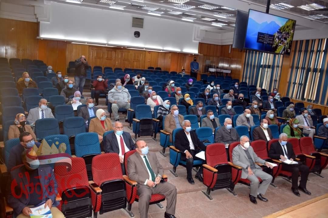 """الهجان يؤكد المبادرة الرئاسية """" حياة كريمة """" تستهدف بناء المواطن المصرى"""