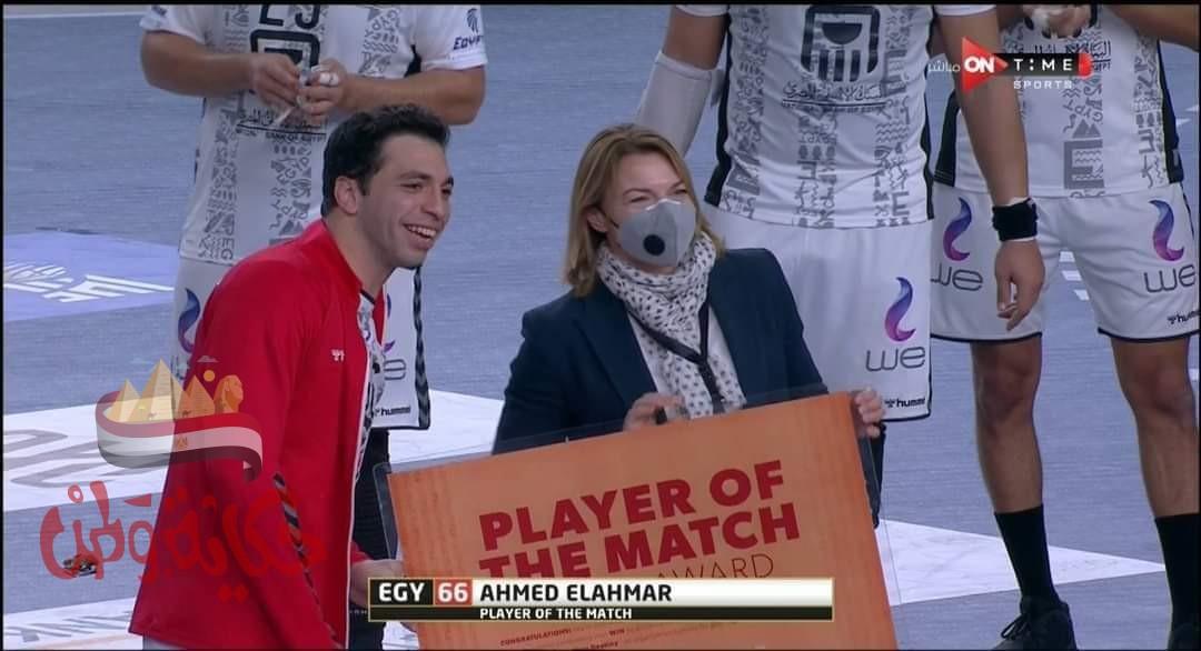 الأحمر رجل مباراة مصر والاتحاد الروسى فى مونديال كرة اليد